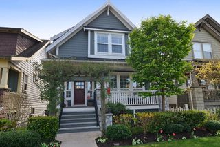 Main Photo: 9376 SINGH Street in Langley: Fort Langley House for sale : MLS®# F1437310