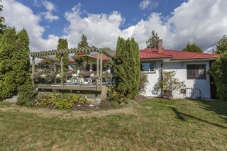 Photo 1: 2809 EDGEMONT BOULEVARD in NORTH VANC: Edgemont House for sale (North Vancouver)  : MLS®# R2002414