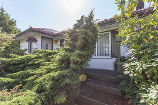 Photo 15: 2809 EDGEMONT BOULEVARD in NORTH VANC: Edgemont House for sale (North Vancouver)  : MLS®# R2002414
