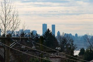 Photo 14: 302 116 W 23RD STREET in North Vancouver: Central Lonsdale Condo for sale : MLS®# R2033656