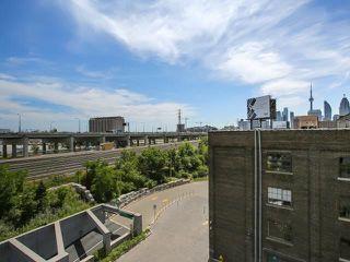 Photo 5: 70 Distillery Lane Unit #417 in Toronto: Waterfront Communities C8 Condo for sale (Toronto C08)  : MLS®# C3540794