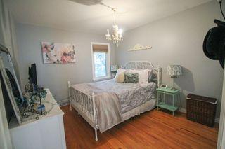 Photo 13: 5 Bedroom Transcona home beautifully upgraded!