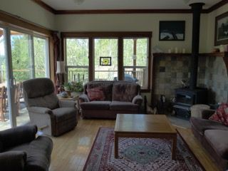 Photo 3: 462 Pachena Road in Bamfield: House for sale : MLS®# 456315