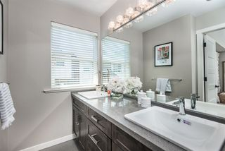 "Photo 10: 15 10550 248 Street in Maple Ridge: Thornhill MR Townhouse for sale in ""THE TERRACES"" : MLS®# R2392268"