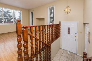 Photo 3: 4719 38A Avenue in Edmonton: Zone 29 House for sale : MLS®# E4182236