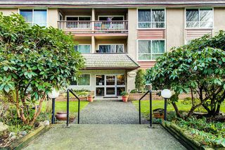 "Photo 18: 105 8680 FREMLIN Street in Vancouver: Marpole Condo for sale in ""Colonial Arms"" (Vancouver West)  : MLS®# R2432274"