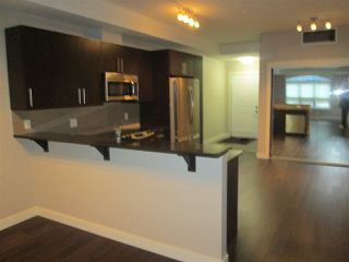 Photo 4: 205 10811 72 Avenue in Edmonton: Zone 15 Condo for sale : MLS®# E4195466