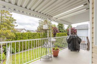 """Photo 33: 19677 SOMERSET Drive in Pitt Meadows: Mid Meadows House for sale in """"Somerset"""" : MLS®# R2460932"""