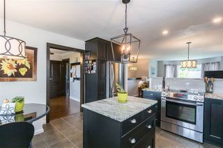 """Photo 6: 19677 SOMERSET Drive in Pitt Meadows: Mid Meadows House for sale in """"Somerset"""" : MLS®# R2460932"""