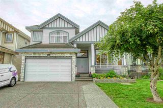 Photo 1: 6527 124TH STREET Street in Surrey: West Newton House for sale : MLS®# R2461007