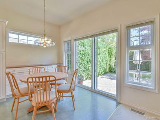 Photo 6: 7989 Simpson Rd in : CS Saanichton House for sale (Central Saanich)  : MLS®# 855130