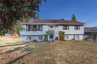 Photo 1: 223 Jamison Rd in : Du Ladysmith House for sale (Duncan)  : MLS®# 854823