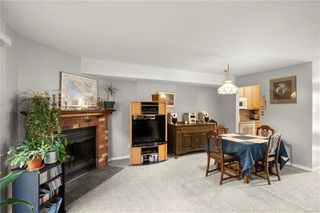 Photo 5: 10 379 Wale Rd in : Co Colwood Corners Row/Townhouse for sale (Colwood)  : MLS®# 855700