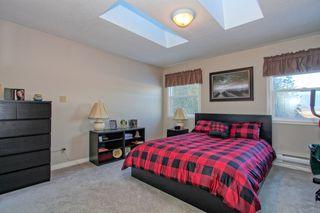 Photo 5: 20867 125 Avenue in Maple Ridge: Home for sale : MLS®# R2131425
