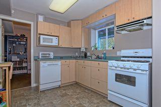 Photo 13: 20867 125 Avenue in Maple Ridge: Home for sale : MLS®# R2131425