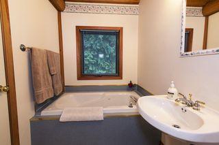 Photo 11: 1039 Scotch Creek Wharf Road: Scotch Creek House for sale (Shuswap Lake)  : MLS®# 10217712