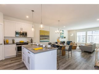 """Photo 7: 1 7740 GRAND Street in Mission: Mission BC Townhouse for sale in """"The Grand"""" : MLS®# R2508688"""