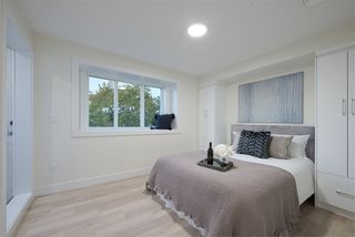 Photo 12: 1604 E 36 Avenue in Vancouver: Knight 1/2 Duplex for sale (Vancouver East)  : MLS®# R2513940