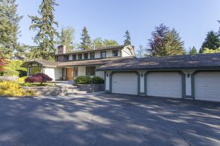 Photo 2: 14240 25th Avenue in South Surrey: Home for sale : MLS®# F140465
