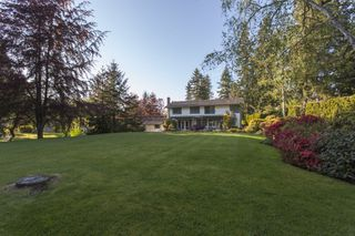 Photo 4: 14240 25th Avenue in South Surrey: Home for sale : MLS®# F140465
