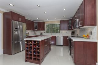 Photo 7: 14240 25th Avenue in South Surrey: Home for sale : MLS®# F140465