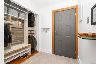 Photo 2: 201 1137 View St in : Vi Downtown Condo for sale (Victoria)  : MLS®# 859769