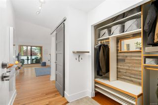 Photo 3: 201 1137 View St in : Vi Downtown Condo for sale (Victoria)  : MLS®# 859769