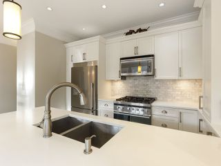 """Photo 19: 3209 W 2ND Avenue in Vancouver: Kitsilano Townhouse for sale in """"Kitsilano"""" (Vancouver West)  : MLS®# R2527751"""