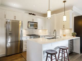 """Photo 13: 3209 W 2ND Avenue in Vancouver: Kitsilano Townhouse for sale in """"Kitsilano"""" (Vancouver West)  : MLS®# R2527751"""