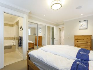 """Photo 28: 3209 W 2ND Avenue in Vancouver: Kitsilano Townhouse for sale in """"Kitsilano"""" (Vancouver West)  : MLS®# R2527751"""