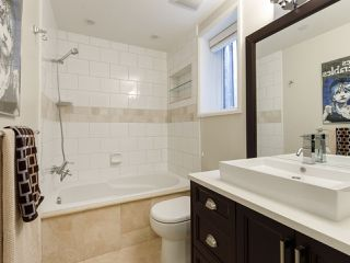 """Photo 33: 3209 W 2ND Avenue in Vancouver: Kitsilano Townhouse for sale in """"Kitsilano"""" (Vancouver West)  : MLS®# R2527751"""