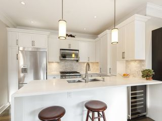 """Photo 15: 3209 W 2ND Avenue in Vancouver: Kitsilano Townhouse for sale in """"Kitsilano"""" (Vancouver West)  : MLS®# R2527751"""