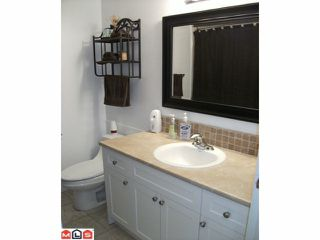 "Photo 4: 44 17706 60TH Avenue in Surrey: Cloverdale BC Condo for sale in ""CLOVER PARK"" (Cloverdale)  : MLS®# F1204628"