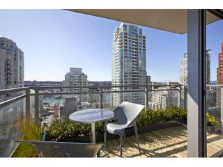 "Photo 10: 1004 1455 HOWE Street in Vancouver: Yaletown Condo for sale in ""POMARIA"" (Vancouver West)  : MLS®# V939009"
