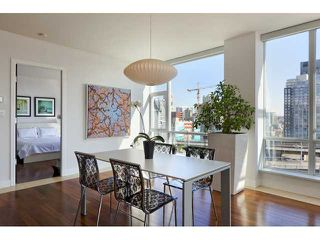 "Photo 3: 1004 1455 HOWE Street in Vancouver: Yaletown Condo for sale in ""POMARIA"" (Vancouver West)  : MLS®# V939009"