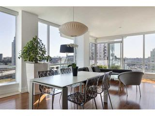 "Photo 5: 1004 1455 HOWE Street in Vancouver: Yaletown Condo for sale in ""POMARIA"" (Vancouver West)  : MLS®# V939009"