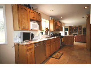 """Photo 4: 5288 PINEHURST Place in Tsawwassen: Cliff Drive House for sale in """"IMPERIAL VILLAGE"""" : MLS®# V944770"""