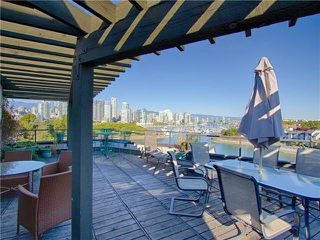 """Photo 10: 18 1201 LAMEY'S MILL Road in Vancouver: False Creek Townhouse for sale in """"ALDER BAY PLACE"""" (Vancouver West)  : MLS®# V975938"""