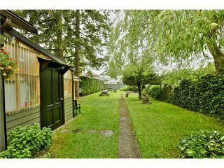 Photo 3: 4835 PRINCE EDWARD ST in Vancouver: Main House for sale (Vancouver East)  : MLS®# V1008228