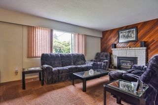 Photo 3: 1910 SUFFOLK Avenue in Port Coquitlam: Glenwood PQ House for sale : MLS®# V1014517