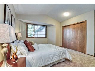 Photo 9: 723 WOODBINE Boulevard SW in CALGARY: Woodbine Residential Attached for sale (Calgary)  : MLS®# C3584095