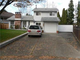 Photo 2: 7445 TODD CR in Surrey: East Newton House for sale : MLS®# F1406447