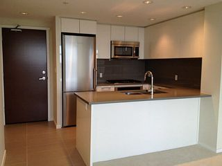 Photo 2: # 2502 3102 WINDSOR GT in Coquitlam: New Horizons Condo for sale : MLS®# V1057406