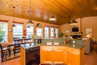Photo 42: 873 Armentiers Road in Sorrento: Waterfront House for sale : MLS®# 10083433