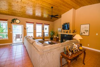 Photo 37: 873 Armentiers Road in Sorrento: Waterfront House for sale : MLS®# 10083433