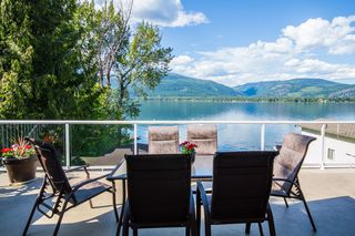 Photo 3: 873 Armentiers Road in Sorrento: Waterfront House for sale : MLS®# 10083433