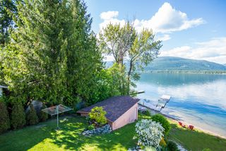 Photo 5: 873 Armentiers Road in Sorrento: Waterfront House for sale : MLS®# 10083433