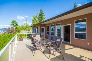 Photo 7: 873 Armentiers Road in Sorrento: Waterfront House for sale : MLS®# 10083433