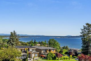 Photo 10: 1031 BALSAM STREET: White Rock House for sale (South Surrey White Rock)  : MLS®# R2268963