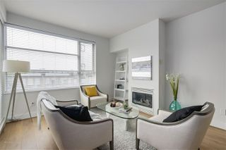 Photo 2: 513 2655 CRANBERRY DRIVE in Vancouver: Kitsilano Condo for sale (Vancouver West)  : MLS®# R2315131